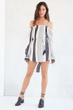 Faithfull The Brand Repeat Off-The-Shoulder Dress - Urban Outfitters
