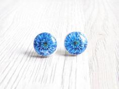 Blue Stud Earrings Blue Flower Earrings Dahlia by bloomyjewelry