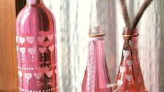 Decor Crafts, Fun Crafts, Bohemian Decor, Boho, Empty Wine Bottles, Heart Garland, Diy Décoration, Bottle Vase, Diy Canvas Art