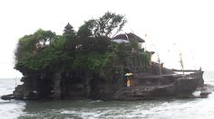 Go to Tanah Lot Temple at Sunset (unfortunately too cloudy for a good sunset when we were there) Stuff To Do, Things To Do, Best Sunset, Bali, Temple, Things To Make, Temples