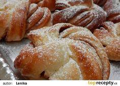 Jogurtové věnečky se skořicí recept - TopRecepty.cz