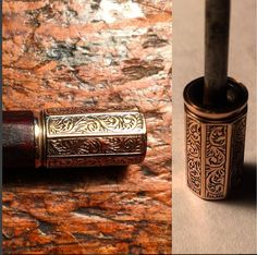 Adjuster detail from a James Tubbs chased #gold and ebony mounted #violin #bow…
