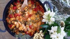 Gnocchivuoka on superhelppo Gnocchi Recipes, Paella, Cauliflower, Macaroni And Cheese, Cooking Recipes, Chicken, Meat, Vegetables, Ethnic Recipes