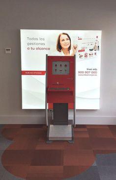 Detalles de la nueva oficina de EDP en Murcia. Digital Signage realizada por Altabox