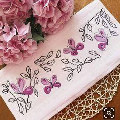 Bargello, Bed Pillows, Instagram, Birds, Cross Stitch Pictures, Cross Stitch Embroidery, Throw Pillows, Ideas, Butterflies