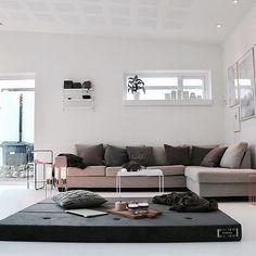 KK 3 Fold from by KlipKlap. Multipurpose furniture in Danish design for both kids and adults. Photo credit: @lillesnefnugdk