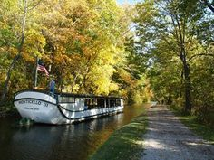The Best Ohio Town To Visit In The Fall: Historic Roscoe Village
