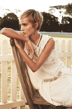 See inside the Vogue Australia December 2013 issue