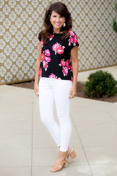 898d25d6f16 2686 Delightful FASHION FOR WOMEN OVER 40 images in 2019