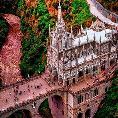 "Igrejas Pelo Mundo on Instagram: ""Catedral Las Lajas"" Roman Catholic, Big Ben, Jesus Christ, Instagram, 1, Building, Travel, World, Flagstone"