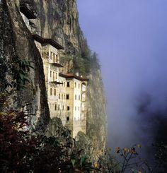 trabzon sümele manastırı