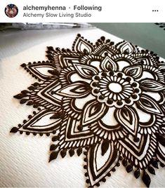 Cool Henna Designs, Finger Henna Designs, Henna Tattoo Designs, Bridal Mehndi Designs, Tattoo Ideas, Leg Henna, Henna Body Art, Henna Mehndi, Mehadi Design