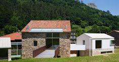 Rehabilitation of Rubalcaba Housing,© Miguel  de Guzmán