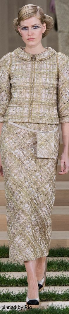 Chanel Spring 2016 Couture l Ria