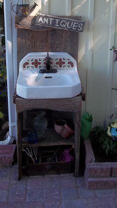 Outdoor garden sink - love this one! Outdoor Garden Sink, Outdoor Potting Bench, Outdoor Sinks, Potting Tables, Outdoor Art, Outdoor Spaces, Outdoor Gardens, Outdoor Living, Outdoor Showers