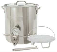 This professional-quality stainless steel brew kettle is designed for serious homebrewers and features a 5.5mm thick, tri-ply bottom to ensure uniform heat distribution, prevent hotspots and keep sugars from sticking and getting scorched. Narrow design and high side walls reduce the chance of boil overs.