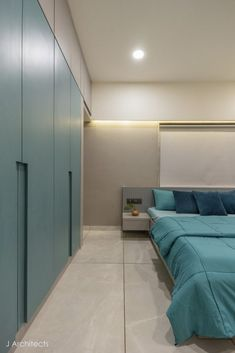 An Outlandish Residence with a Warm Zestful Vibe | J Architects - The Architects Diary Wall Wardrobe Design, Bedroom Closet Design, Bedroom Furniture Design, Home Room Design, Home Decor Furniture, Bed Design, Indian Bedroom Decor, India Home Decor, Traditional Bedroom