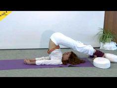 Sukadev und Kerstin leiten dich an zu Om, Mantra, Kapalabhati, Wechselatmung, Sonnengruß mit den Surya Mantras und Chakra-Konzentration, Navasana (Bauchmuskel-Übung), Kopfstand mit Augenübungen, Stellung des Kindes, Schulterstand, Pflug, Fisch, Vorwärtsbeuge, schiefe Ebene, Kobra, Heuschrecke, Bogen, Drehsitz.   http://mein.yoga-vidya.de/video/10-c-yogastunde-mit-chakra-konzentration-f-r-mittelstufe-10-woche