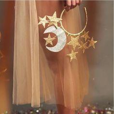 """99 curtidas, 2 comentários - Aroeira Abe (@aroeira_abe) no Instagram: """"Arco lua e estrela + saia midi tule @aroeira_abe vem escolher o seu look na @combo.34 """""""