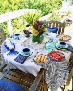 Spring Luncheon tabl