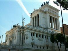 Building by the coliseum