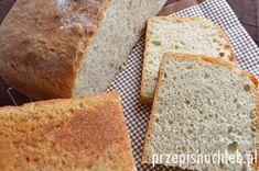 Chleb pszenno-żytni na drożdżach. Chleb wymaga przygotowania zaczynu i kilkukrotnego składnia ciasta podczas wyrastania. Ale jest naprawdę dobry!