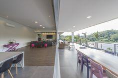 Detalhe Sala de Estar e Varanda - Chácaras do Lago - Vinhedo/SP / Gabriel Bampa Arquitetura  #arquitetovinhedo #arquiteturavinhedo #arquitetura #designdeinteriores # cor #detalhes