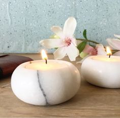 I can't get enough of marble tealight holders! Marble Carving, Marble Art, White Marble, Marble Interior, Luxury Interior, Mandir Design, Marble Furniture, Home Temple, Sand Crafts