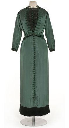 Day dress, Callot Soeurs, ca. 1911; Les Arts Decoratifs 51-5-1.ABC