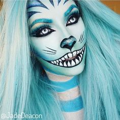 Halloween make-up inspiration. Like a blue Cheshire Cat with a twist. Halloween Makeup Looks, Halloween Looks, Scary Halloween, Halloween Costumes, Cheshire Cat Makeup, Cheshire Cat Costume, Cosplay Makeup, Costume Makeup, Art Visage