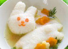 Ostropel de pui cu piure de cartofi pentru copii de la 1 an - Clubul Bebelusilor Thing 1, Eggs, Breakfast, Food, Morning Coffee, Essen, Egg, Meals, Yemek