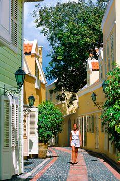 Willemstad, Curacao. www.click2xscape.com