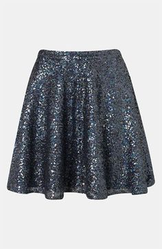 Topshop Sequin Skater Skirt - Don't know where I would wear it but it's cute Jupe Swing, Swing Skirt, Skirt Outfits, Dress Skirt, Cute Outfits, Passion For Fashion, Love Fashion, Fashion Outfits, Kids Fashion