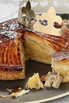 Traditional French Galette des Rois or the Cake of Kings The cake is made in France to celebrate Epiphany or Twelfth night. #Christmas Recipes