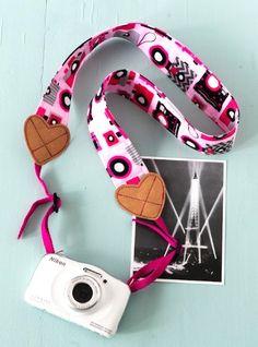 Kameragurt mit SnapPap-Herzchen zum Selbernähen - Anleitung im Blog von Makerist.de
