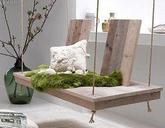 """Balancelle Bois Naturel """"Récup Art """"  matériaux bois chène dimensions 1.50X 0.80 hauteur dossier assise 0.80 suspensions cordes marine   €550"""