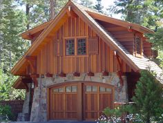Cheap Garage Doors - Secrets To Finding Them Garage Guest House, Carriage House Garage, Garage Loft, Garage Apartment Plans, Garage Apartments, Garage Plans, Cheap Garage Doors, Carriage House Apartments, Mansion Homes