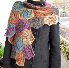 Free Pattern: Sagrantino Shawl Knitted Pattern in IBook Use as model for crochet