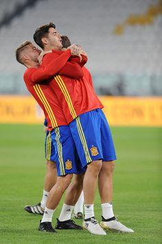 """Spagna, Morata """"lotta"""" con Diego Costa per una maglia - Tuttosport"""
