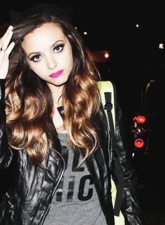Find images and videos about cute, pretty and on We Heart It - the app to get lost in what you love. These Girls, Hot Girls, Jade Amelia Thirlwall, Little Mix Jesy, Disney Queens, Anna, Jesy Nelson, Rocker Style, Rock Outfits