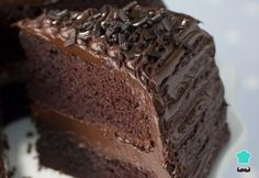 How to Make Moist Chocolate Cake from Scratch. Make this delicious chocolate cake dessert for your family this week and bring out the smiles! Old Fashioned Chocolate Cake, Chocolate Cake From Scratch, Tasty Chocolate Cake, Chocolate Desserts, Chocolate Fudge, Chocolate Frosting, Buttermilk Chocolate Cake, Craving Chocolate, Recipe For Buttermilk Cookies