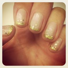 my latest nail experiment...glitter dusting
