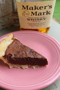 HerKentucky's Maker's Mark Chocolate Chess Pie marries the flavors of bittersweet chocolate and high-wheat bourbon for a decadent treat. Bourbon Recipes, Gourmet Recipes, Dessert Recipes, Pie Recipes, Recipies, Chocolate Chess Pie, Salted Caramel Chocolate, Chocolate Chocolate, Ice Cream Pies