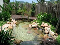 Ecosys Lagos artificiais - Home and Garden Decoration Outdoor Ponds, Ponds Backyard, Outdoor Gardens, Backyard Ideas, Natural Swimming Ponds, Natural Pond, Pond Fountains, Pond Landscaping, Backyard Water Feature