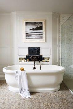 White Roll-top Bath | Bathroom