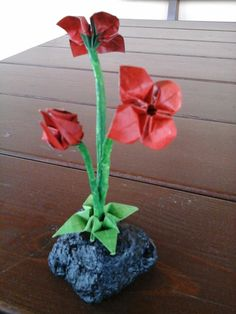 paper flowers sculpture