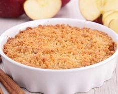 """Kripalu Recipe: Apple Crisp-A """"crisp"""" morning treat that tastes so good it's like starting the day with a healthy dessert. Healthy Apple Crumble, Apple Crumble Cake, Pie Crumble, Breakfast Recipes, Snack Recipes, Dessert Recipes, Cooking Recipes, Healthy Recipes, Apple Recipes"""