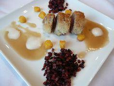 Filet pur de porc en croûte parfumée au thym sauvage, jus de viande au shiso et à la Westmalle triple, brunoise de trois carottes, et bouchons frits de polenta