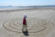 Labyrinths of Sand :: A Walking Meditation With instructions on how to create the labyrinth pattern.
