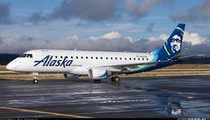 Alaska Airlines Embraer 175LR (ERJ-170-200LR) N620QX at Portland-International, September 2017. (Photo: Bill Shemley)